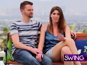 Couples have groupsex in Swing mansion.