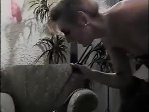 Der Herrin Horig (1994)