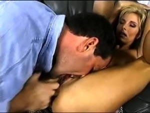 Sexy German Milf german ggg spritzen goo girls