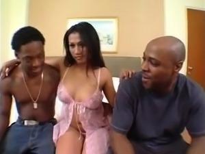 Schoolgirl getting her nipples sucked giving blowjob in the