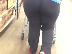 Hood Thick Bubblebutt in tights