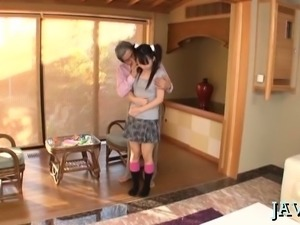 Messy fellatio act with a gorgeous oriental babe gone wild