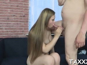 Topnotch barely legal Elena craves for oral pleasure
